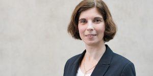 Prof. Raluca Niesner